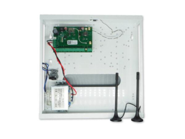 Alarmna centrala u kutiji sa transformatorom